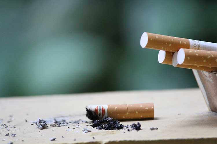 Puntung Rokok Penyumbang Polutan Laut Terbesar?