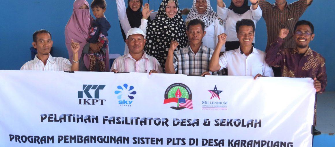 Pelatihan Fasilitator Desa, Pendamping PLTS di Pulau Karampuang, Sulawesi Barat.